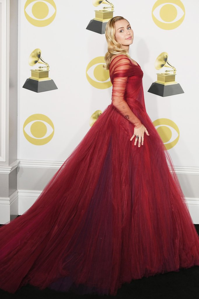 Miley-Cyrus-Wearing-Red-Gown-Grammys-2018